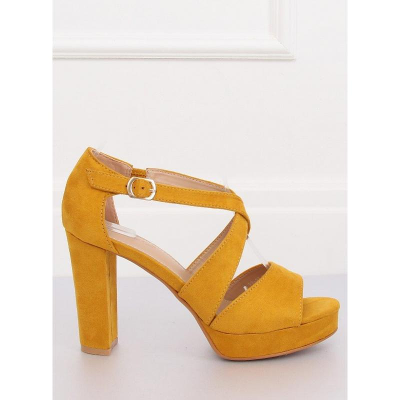 58c4eb114 Žlté semišové sandále na stabilnom opätku pre dámy v zľave ...