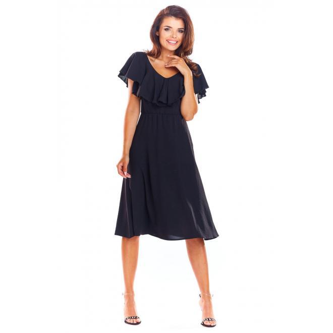 Elegantné dámske šaty čiernej farby s volánom