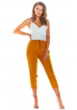 Módne dámske nohavice ťavej farby
