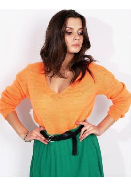 Módny dámsky sveter neónovo oranžovej farby s výstrihom v tvare V