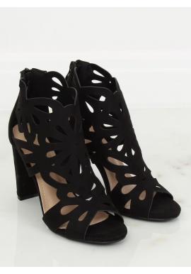 Čierne ažúrové topánky na stabilnom podpätku pre dámy v zľave