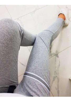 Sivé módne tepláky s ozdobnými pásmi pre dámy