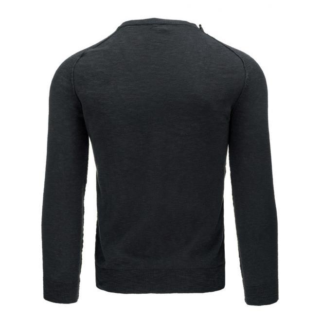 Tenký pánsky sveter béžovej farby s gombíkmi na ramene