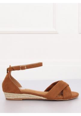 Hnedé semišové sandále na nízkej platforme pre dámy