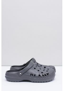 Pánske módne šľapky kroksy k bazénu v sivej farbe