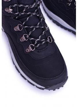 Trekingové pánske topánky čiernej farby s oteplením