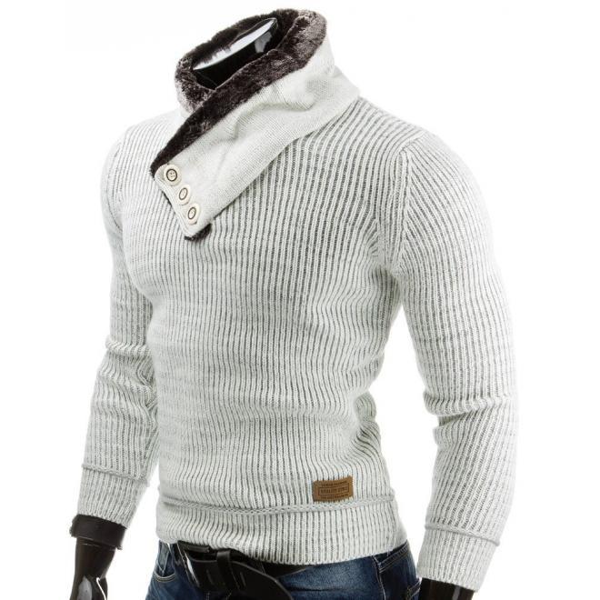 Biely sveter pre pánov so záplatami na lakťoch