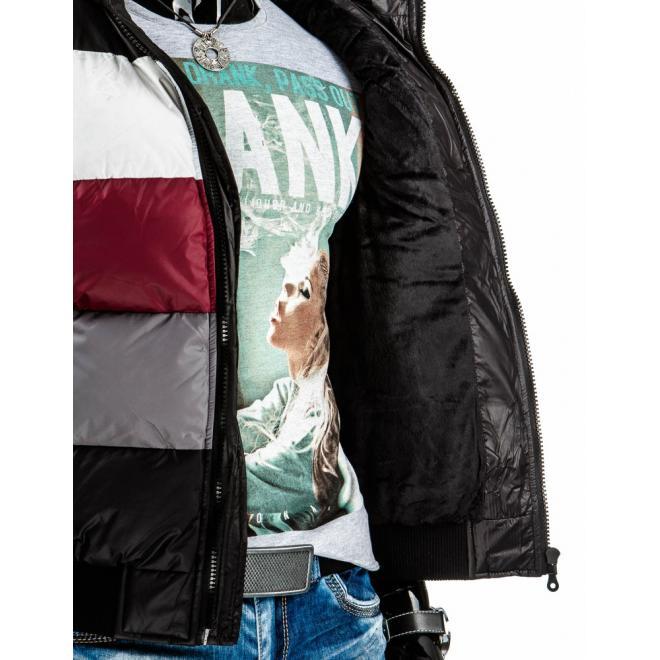 Oteplená pánska vesta s kapucňou v čiernej farbe