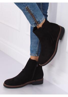 Semišové dámske topánky čiernej farby so strapcami