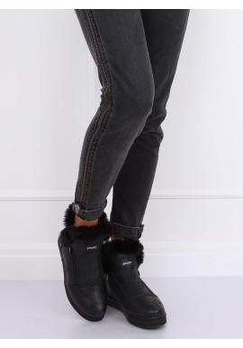 Oteplené dámske tenisky čiernej farby s kožušinou