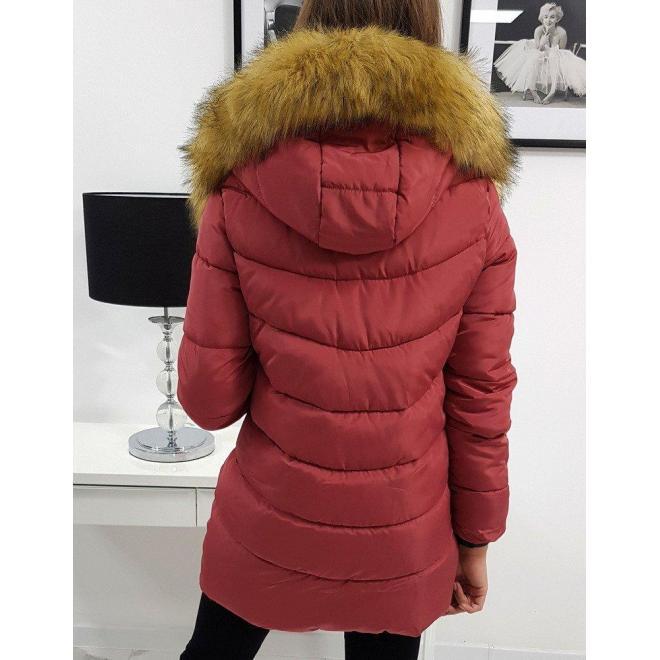 Malinová prešívaná bunda na zimu pre dámy