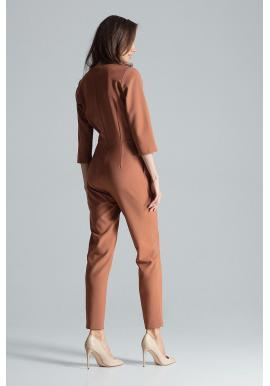 Hnedý elegantný overal s obálkovým výstrihom pre dámy