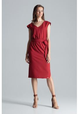Elegantné dámske šaty bordovej farby s viazaním v páse