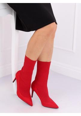 Módne dámske topánky červenej farby na štíhlom podpätku