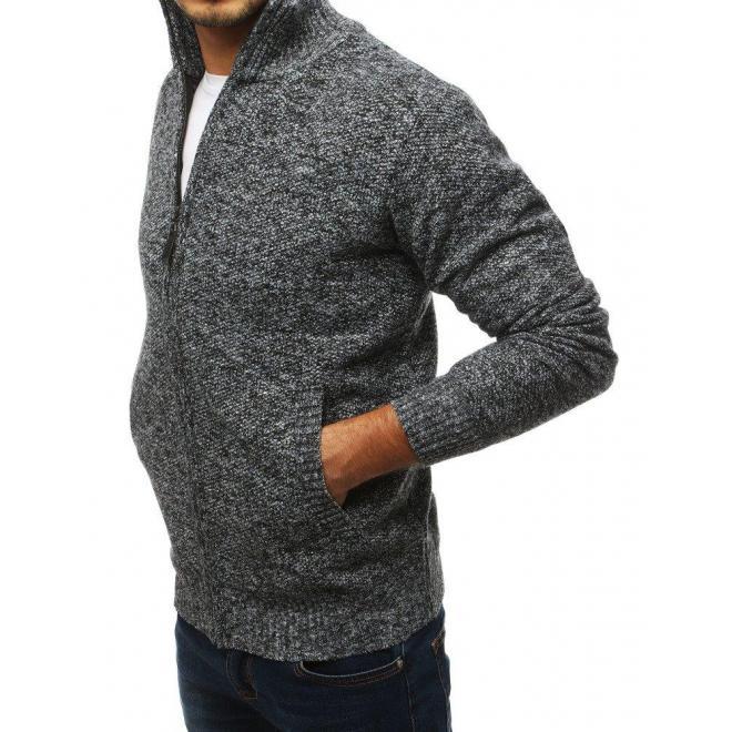 Oteplený pánsky sveter čiernej farby s vysokým golierom