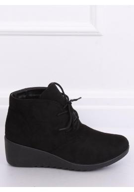 Čierne semišové topánky na klinovom opätku pre dámy