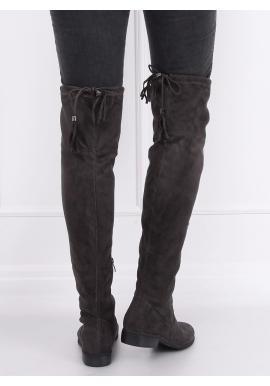 Semišové dámske čižmy nad kolená tmavosivej farby so strapcami