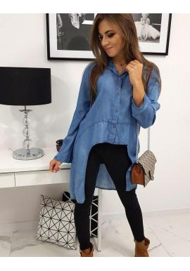 Oversize dámska košeľa tmavomodrej farby s dlhšou zadnou stranou