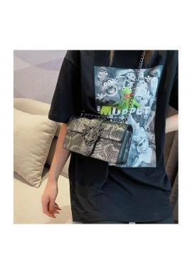 Sivá štýlová kabelka s kovovou ozdobou pre dámy