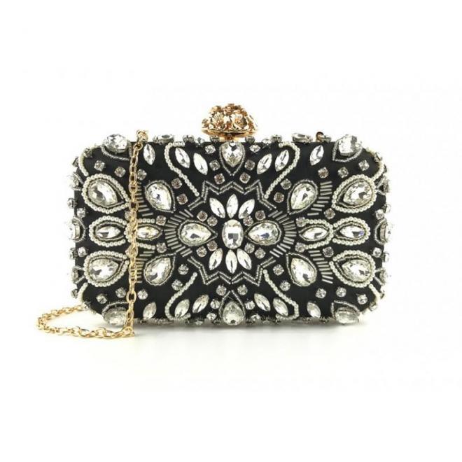Večerná dámska kabelka čiernej farby s kryštálmi