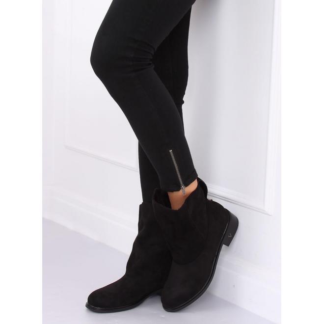 Semišové dámske topánky čiernej farby s nariaseným zvrškom