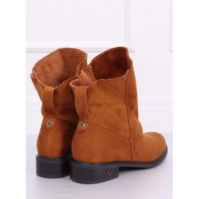 Dámske semišové topánky s nariaseným zvrškom v hnedej farbe