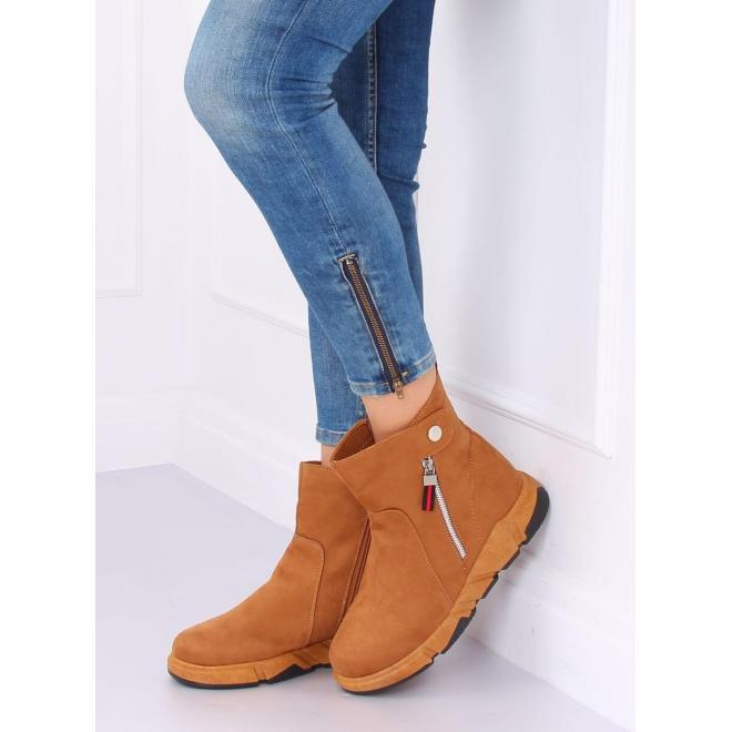 Hnedé semišové topánky na vysokej podrážke pre dámy