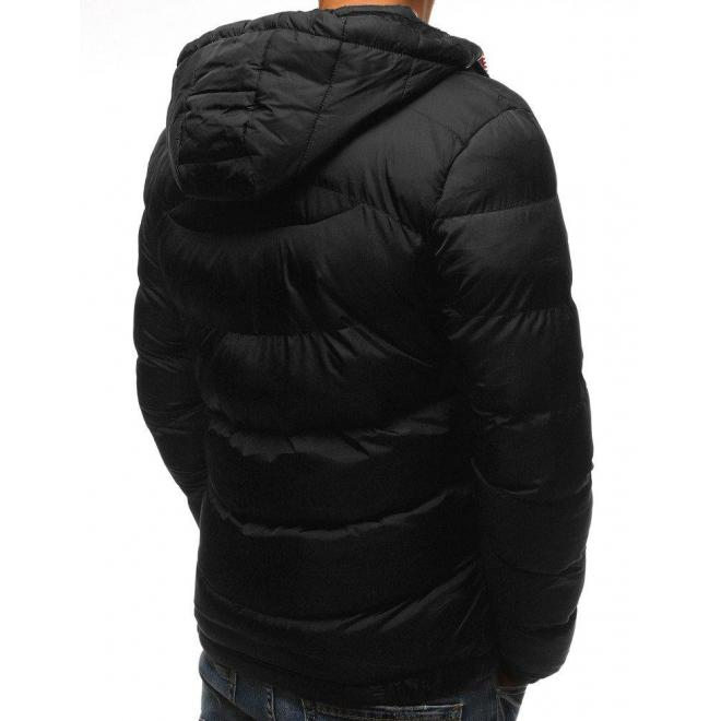 Prešívaná pánska bunda čiernej farby na zimu