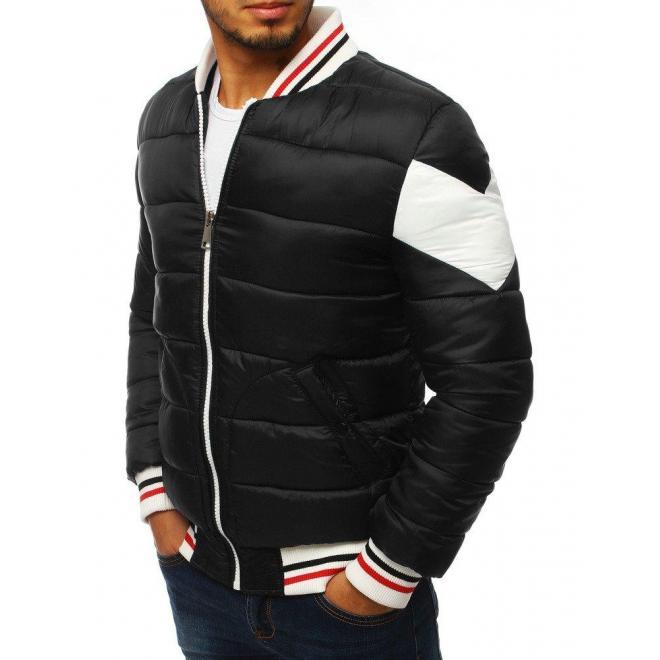 Pánska zimná bunda s odopínacou kapucňou v čiernej farbe