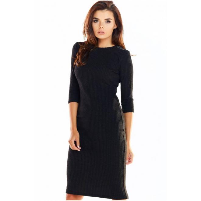Dámske priliehavé šaty s 3/4 rukávom v čiernej farbe