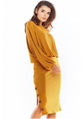 Dámska ceruzková sukňa s ozdobnými gombíkmi v ťavej farbe