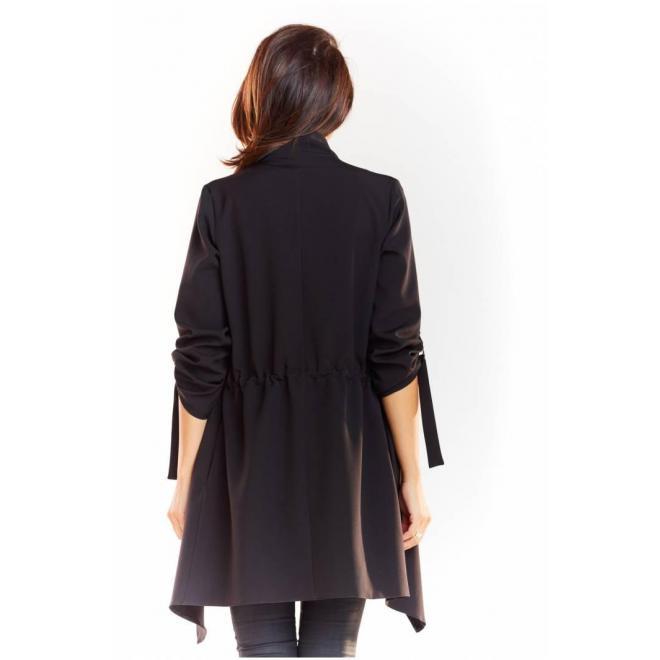 Voľné dámske sako čiernej farby