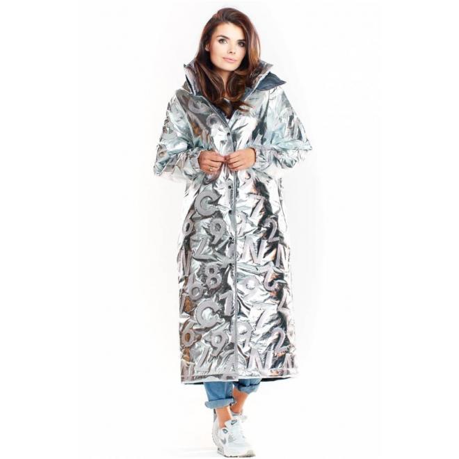 Dámsky dlhý plášť s oversize strihom v striebornej farbe