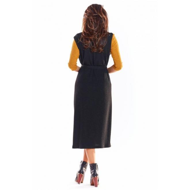 Dlhá dámska vesta čiernej farby so zapínaním