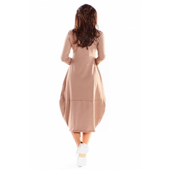 Dámske športové šaty s dlhým rukávom v béžovej farbe