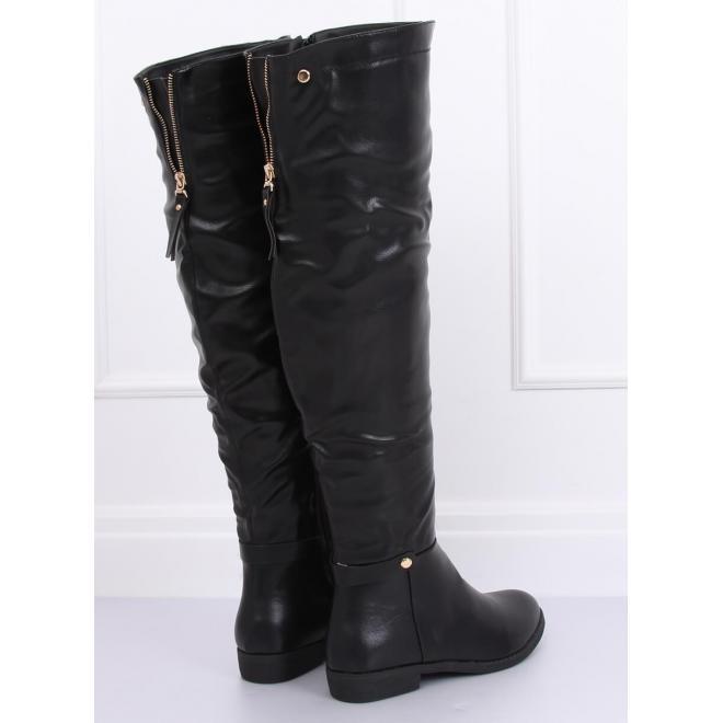 Čierne módne čižmy nad kolená pre dámy