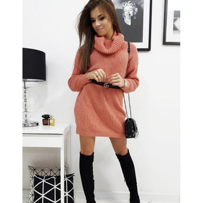 Dámske svetrové šaty s rolákom v lososovej farbe