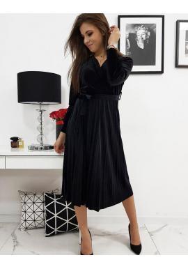 Plisované dámske šaty čiernej farby s viazaním v páse