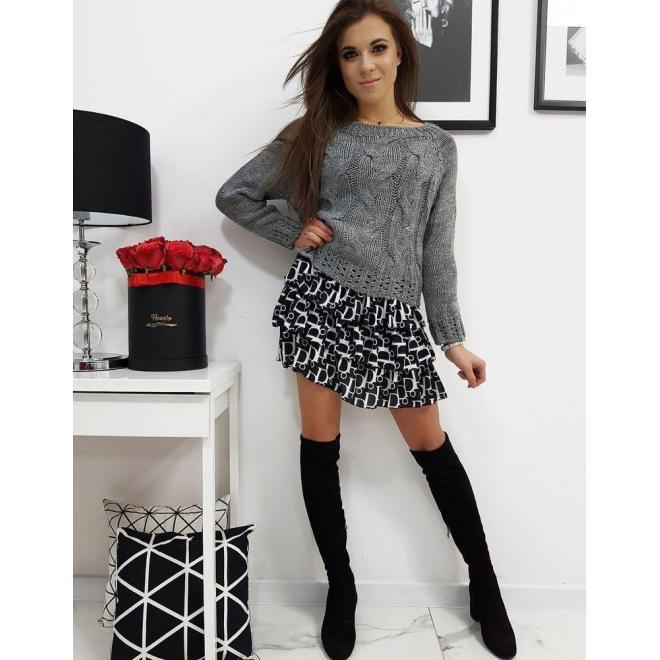 Dámsky módny sveter v tmavosivej farbe