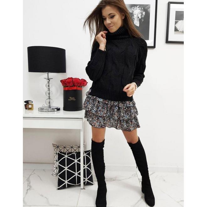 Štýlový dámsky sveter čiernej farby s rolákom