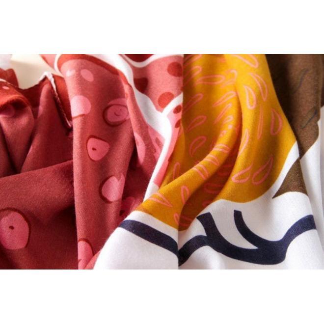 Dámska farebná šatka s potlačou