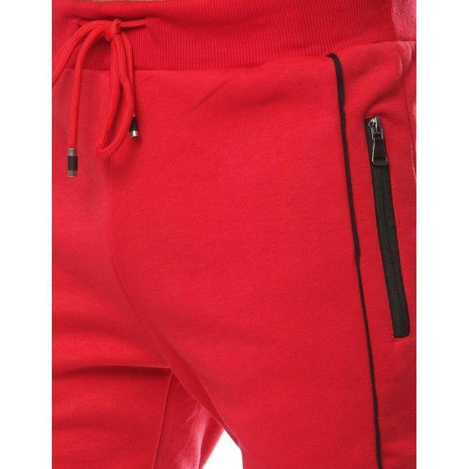 Módne pánske tepláky červenej farby