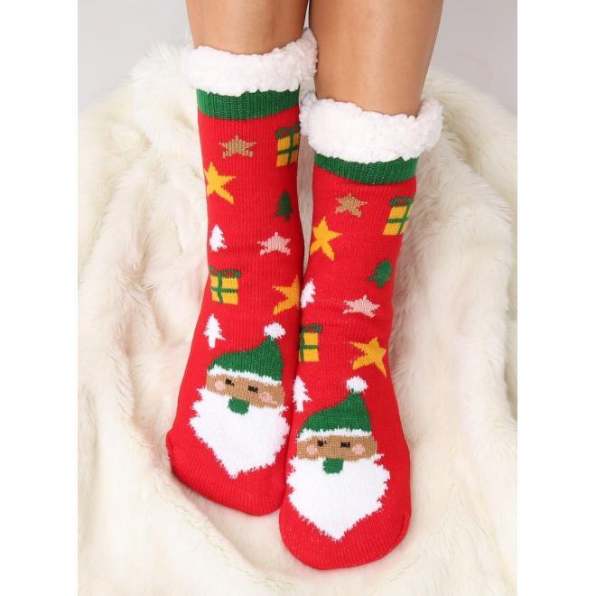 Ponožkové dámske papuče červenej farby s vianočným motívom