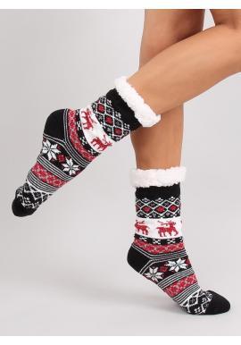 Dámske ponožkové papuče so zimným motívom v čiernej farbe