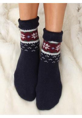 Dámske teplé ponožky so zimným vzorom v tmavomodrej farbe