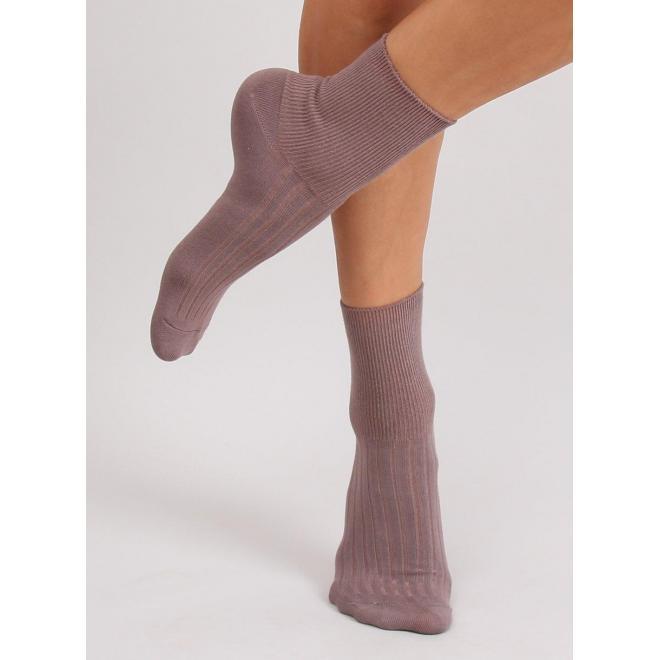 Dámske hladké ponožky vo fialovej farbe