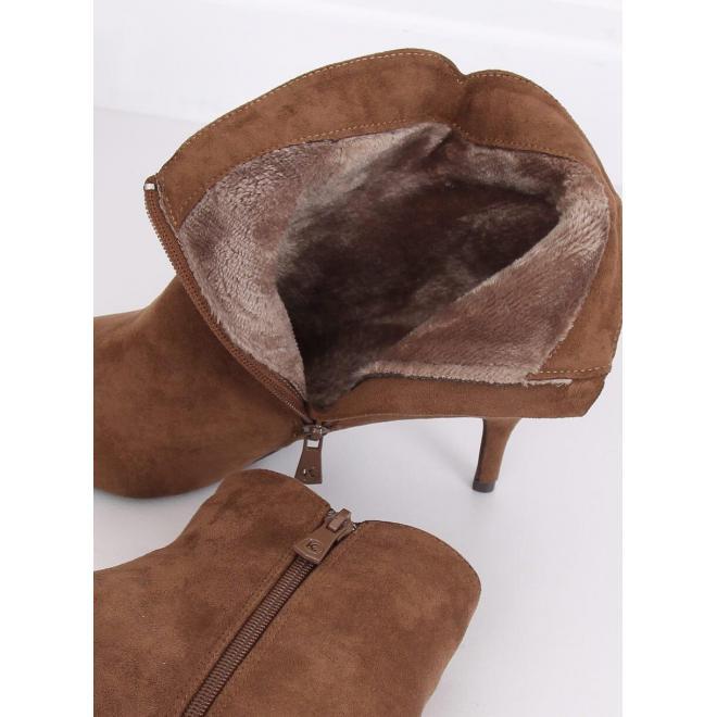 Elegantné dámske topánky hnedej farby na nízkom podpätku