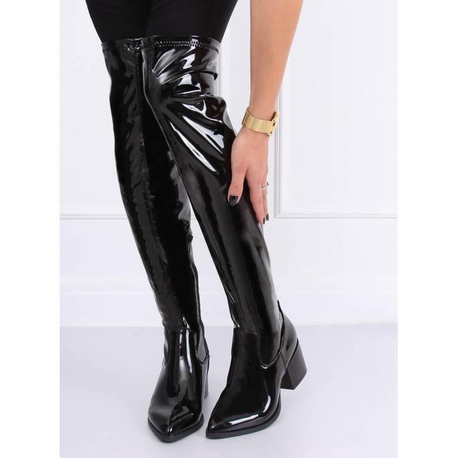 Čierne lakované čižmy nad kolená na širokom opätku pre dámy