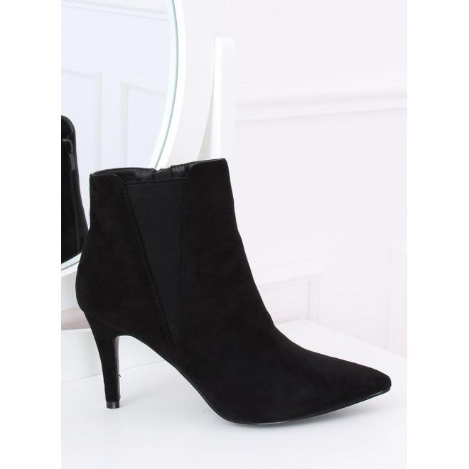 Čierne semišové topánky na štíhlom podpätku pre dámy