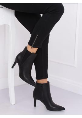 Módne dámske topánky čiernej farby na štíhlom podpätku